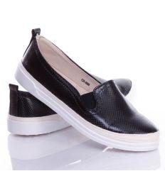 Anyagában kockás mintás, oldalt fonott női műbőr slip-on cipő (CR-B90)
