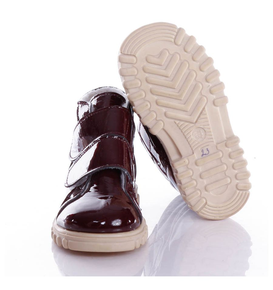 Maus Tanoda bőrlakk, béellt, tépőzáras gyerek cipő (fehér talppal)