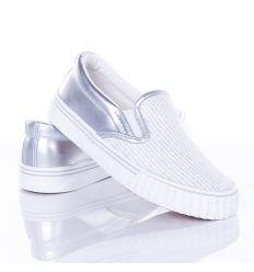Orrán csíkos fényes szálas, sarkán műbőr lány belebújós, slip-on cipő (2983B)