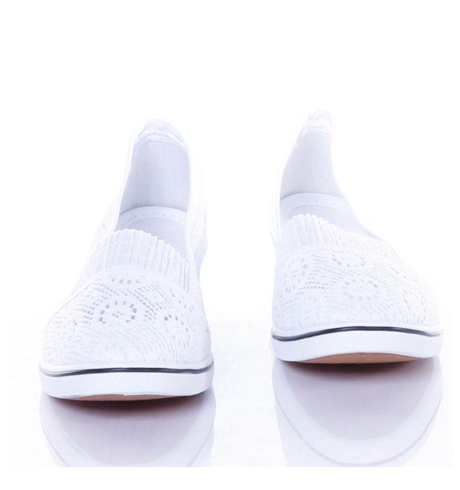Horgolt, lábfejnél gumis, éksarkú női vászon balerina cipő
