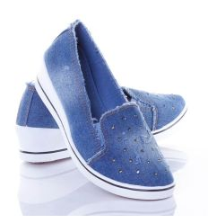 Strasszköves, szaggatott, farmeres női éksarkú vászon cipő (J.B.P-5)