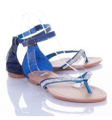 Strasszköves, sarkánál mintás, zárt női lábujjközös szandál (AG-9008)