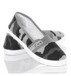 Terepmintás, lábfejnél gumis, belebújós női vászon cipő (862)