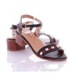 Divatos női cipők outlet árakon! (6) - Outlet-Aron.hu 078d5dd027